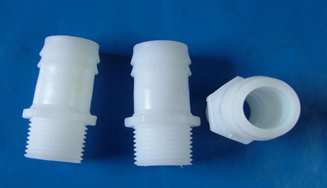 塑料水管接头好用吗 塑料水管接头的连接方法