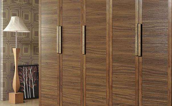 人性化衣柜设计应该考虑哪些要素 人性化衣柜装修注意事项介绍