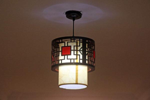 深圳客厅灯具什么牌子好 2018客厅灯具选购技巧
