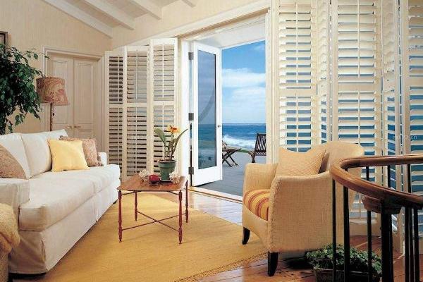 家居安装哪种类型百叶窗好看 2018常见的百叶窗推荐