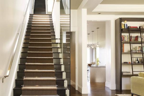 2019楼梯墙裙贴瓷砖效果图 楼梯墙裙瓷砖怎么搭配好看
