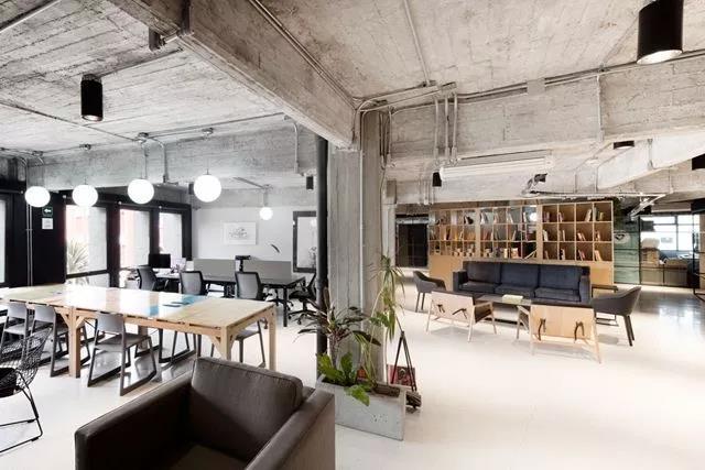 现代工业风办公室装修设计要点有哪些?工业风办公室装修设计效果图
