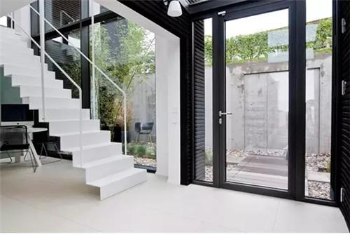 家庭楼梯装修效果图 2018家庭楼梯装修案例赏析