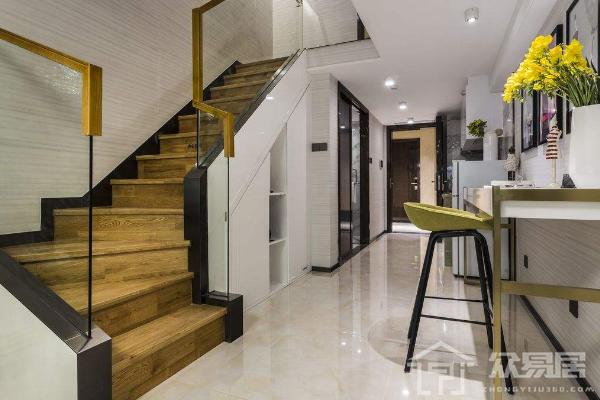 2018家庭楼梯装修多少钱 2018家庭楼梯装修预算清单