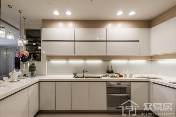 佛山厨卫瓷砖如何选购 厨卫瓷砖选择哪种好
