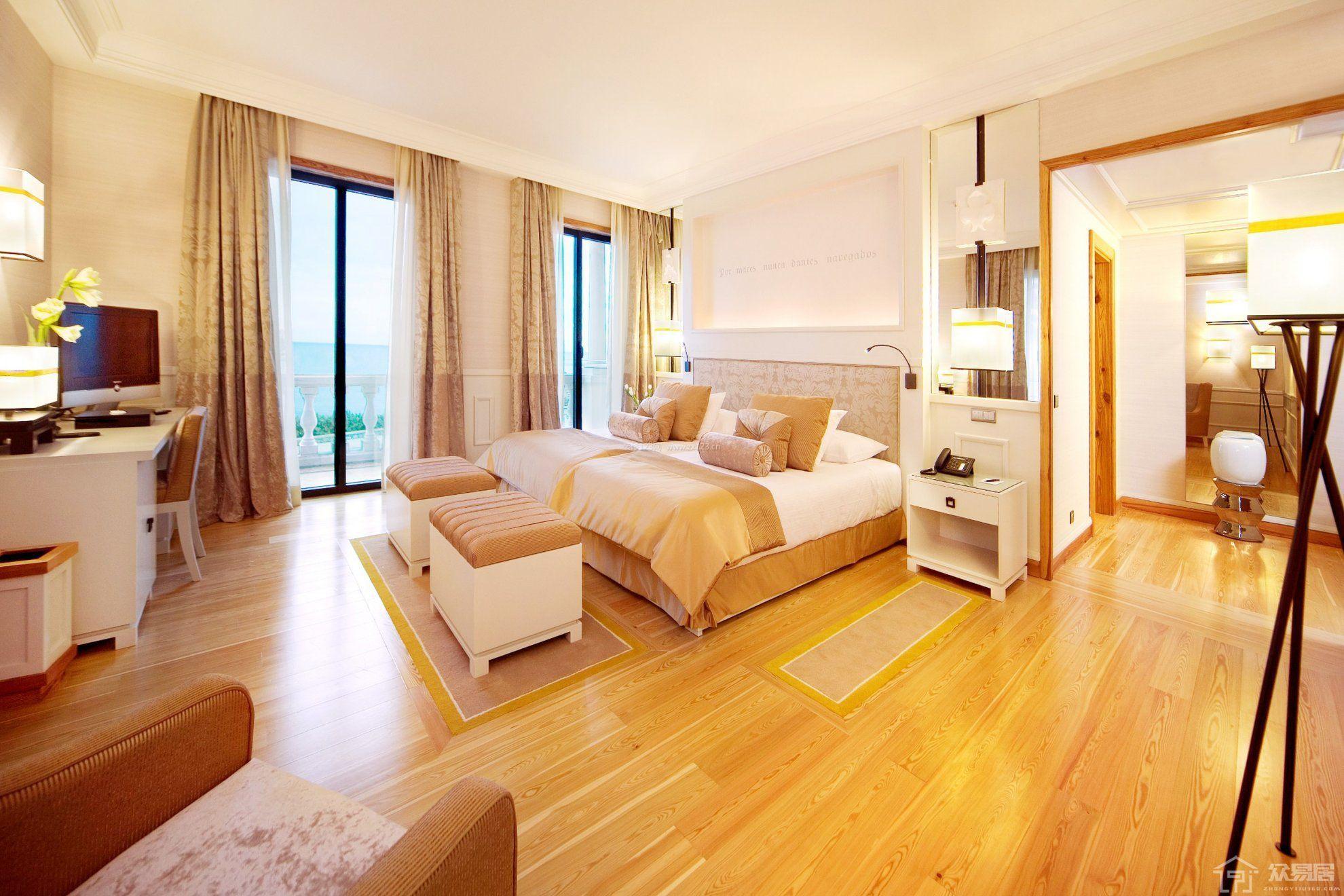 大面积卧室如何装修美观? 实用的大卧室装修设计