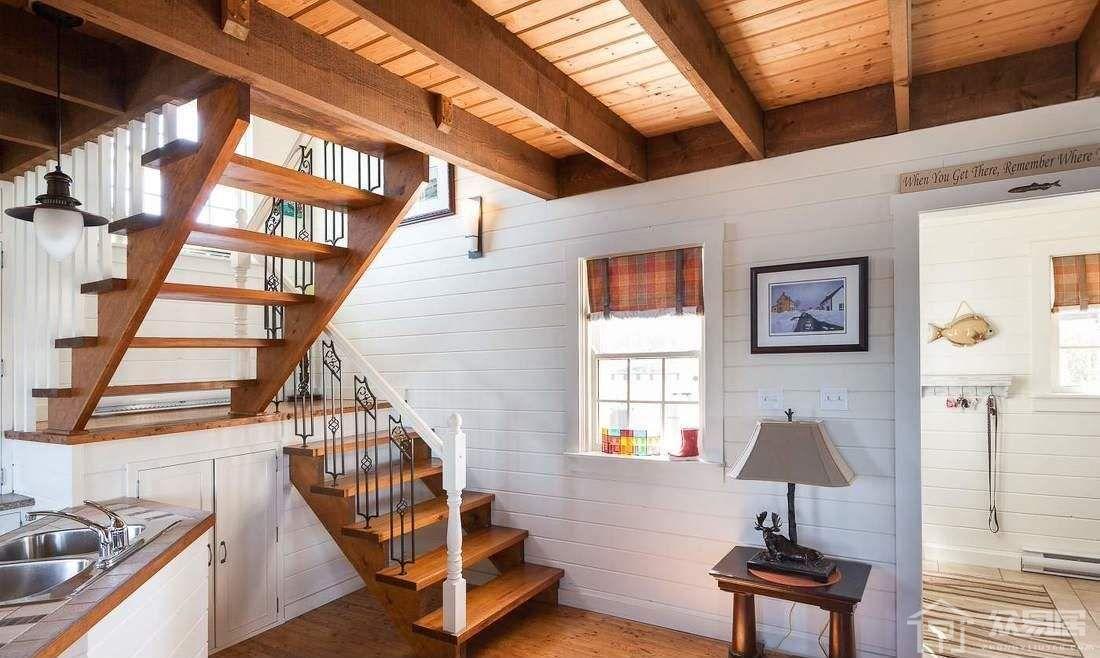 楼梯间的装修设计方案 楼梯空间怎么有效利用