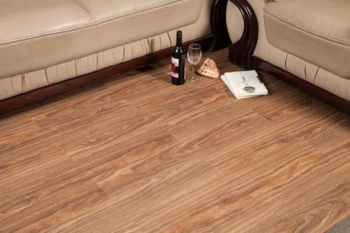 地板革好嗎 地板革怎么區分好壞