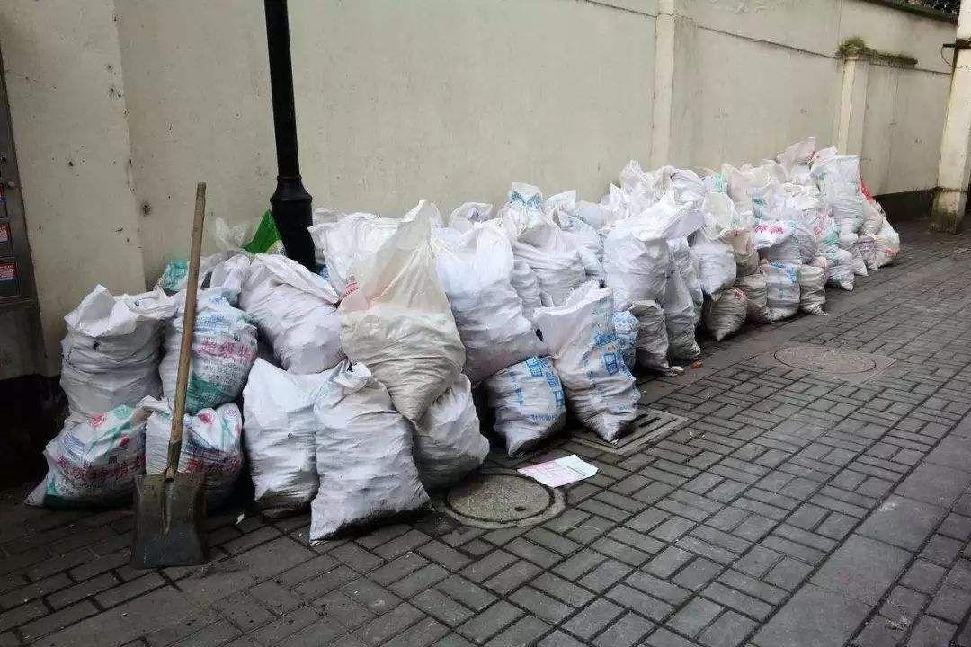 裝修垃圾清運費多少錢 裝修垃圾如何處理
