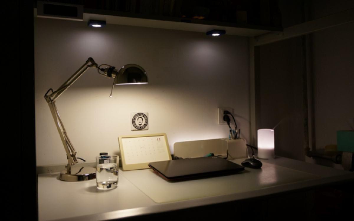 書桌的尺寸是多少 書桌常見的種類