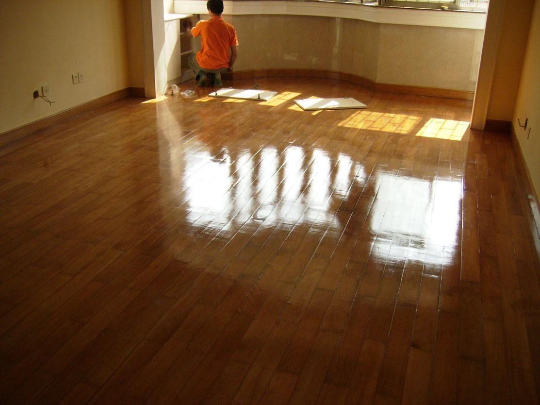 地面打蜡有什么作用 地面怎么打蜡养护