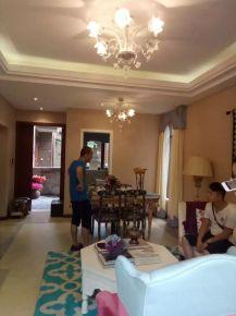 成都青城小院 复古风格复式楼装修设计