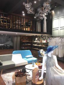 温州第一桥女装店装修设计