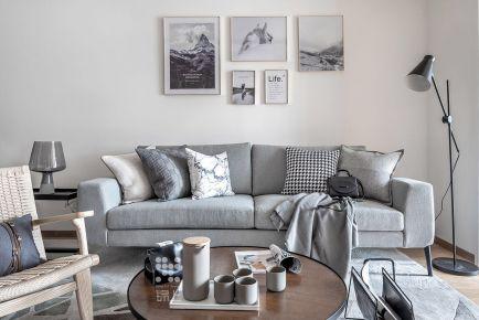 龙湖小区三房装修设计 现代风格家庭装修效果图