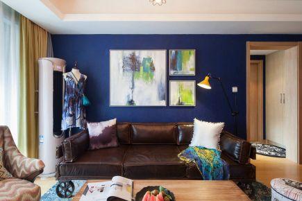 现代风三居室装修案例