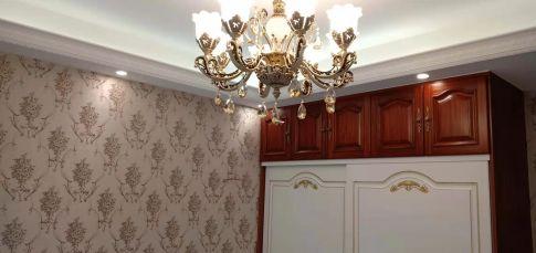 大连汉水秀成120㎡欧式三居室装修案例,时尚不缺轻奢感!