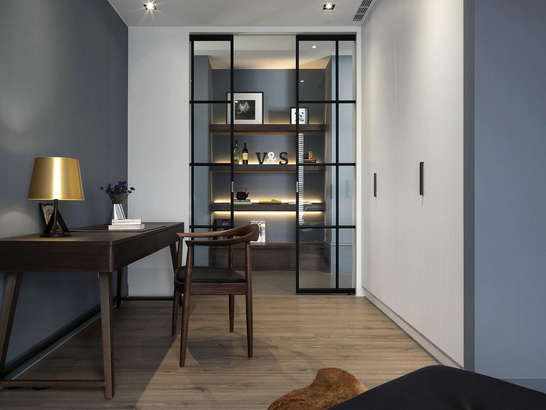 重慶風花樹小區以藍色作為主色調,簡約又優雅的二居室裝修