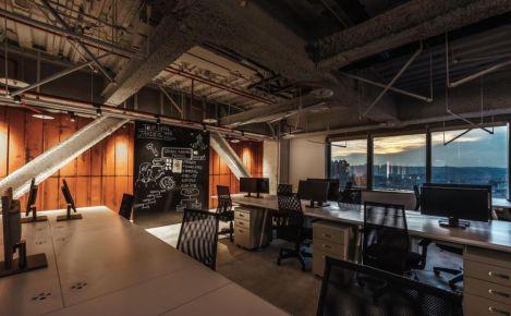 深圳高级复古风格LoFt办公室装修效果图