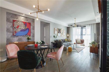 现代风三居室,充满艺术色彩,完美展现屋主年轻的个性