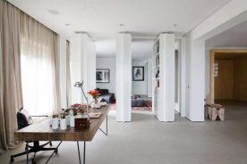 清新明快的装修案例 白色+木纹搭配太经典了