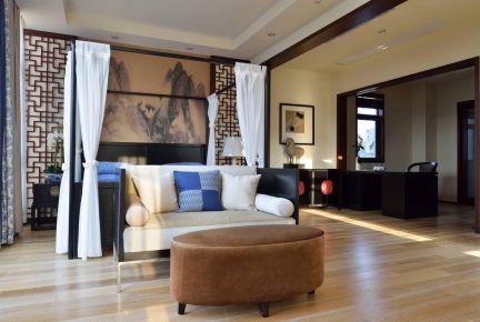 新中式别墅装修,胡桃木空间韵味十足