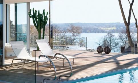 砖瓦打造的湖边别墅风情装修设计 湖边别墅效果图赏析