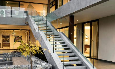用石头因子造就的奢华别墅 现代化别墅效果图分享
