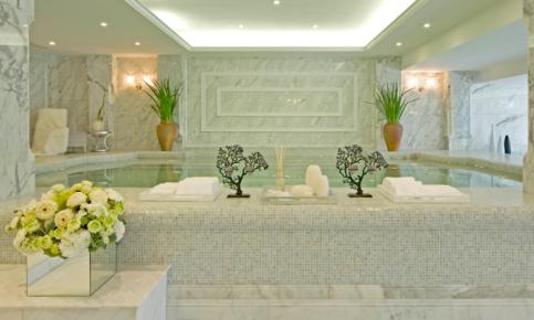 白色调的别墅设计 新古典别墅豪宅效果图欣赏