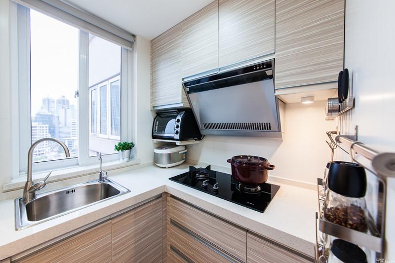 武汉4平米小厨房应该怎么装修?厨房装修要注意什么?