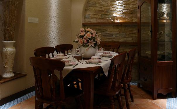 郑州家庭餐厅背景墙如何设计 餐厅背景墙设计要点