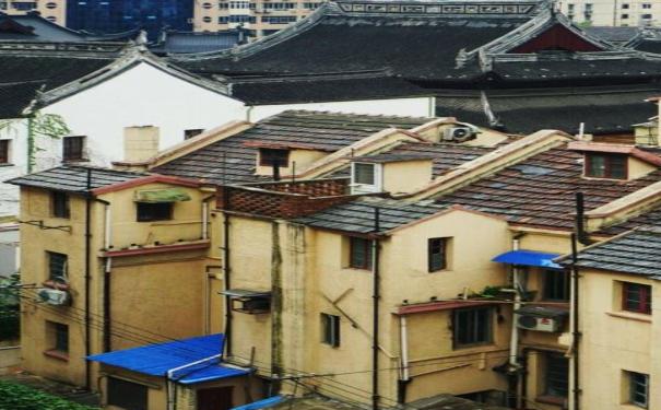上海普陀区旧房修缮改造 金城里成为改造试点