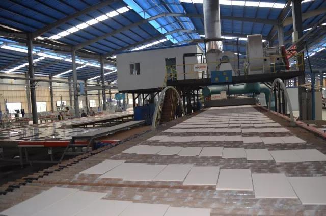 陶瓷市场萎靡不振?高安瓷片产销率最高超过100%