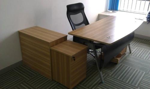 选购二手办公家具时需要注意些什么 选购二手家具有什么技巧
