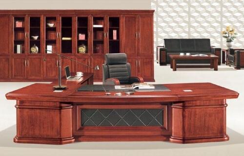 老板办公桌摆放风水原则 老板办公桌摆放建议