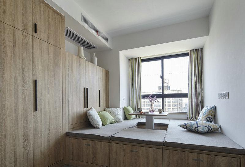 5平米小次儿童房改榻榻米床连衣柜书桌一体造型布置效果图