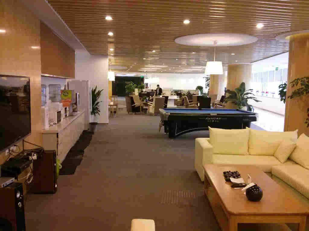 4款员工休息室装修效果图 公司车间员工休息室布置设计方案图