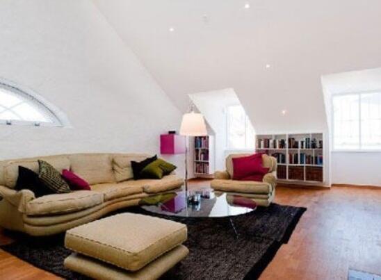 松原斜顶客厅装修效果图 创意客厅设计攻略