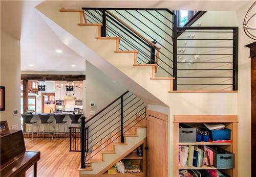 2019楼梯墙裙贴瓷砖效果图 精致又实用的楼梯墙裙
