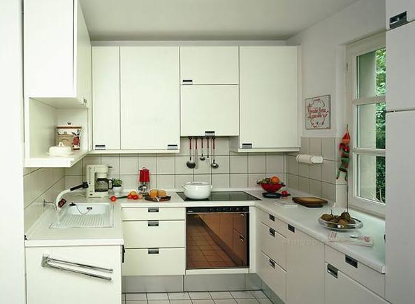 厨房装修设计技巧——厨房墙壁瓷砖颜色搭配技巧