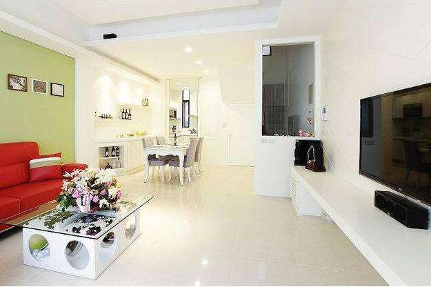 小户型客厅玻璃茶几如何选购?小户型客厅装修细节