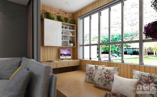 阳台和客厅并没有采用隔断设计,而是在两边各自设计了电脑桌和酒柜