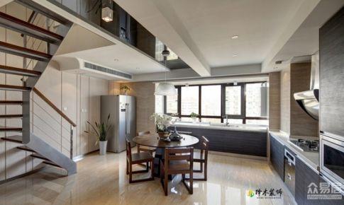 华城花园现代木质风格