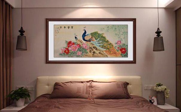 卧室床头挂什么画好 卧室床头挂画的风水禁忌