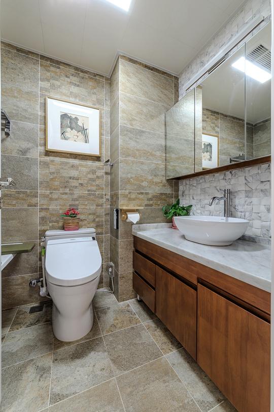 105平现代简约二居室 都市现代精致生活