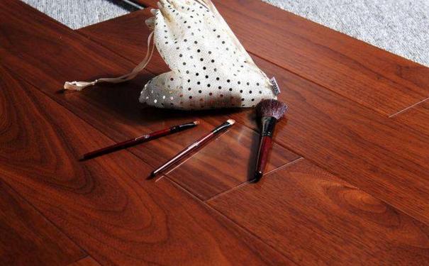 莆田家装资讯 木地板保养要仔细