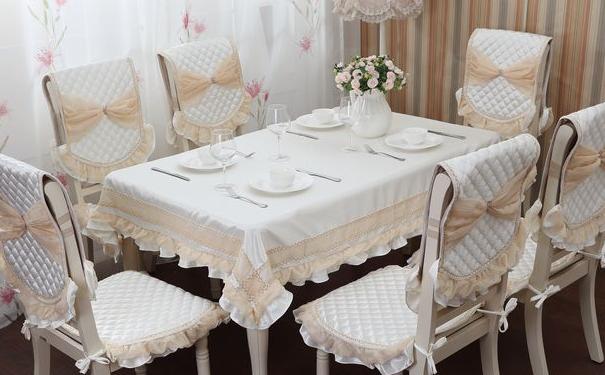 餐桌布怎么搭配 餐桌布搭配图片欣赏