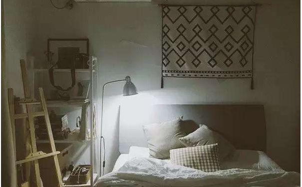 还在烦恼墙面怎么装饰吗 挂毯来帮你