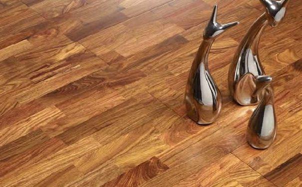 常见的地板材质 地板的清洁保养