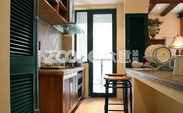 厨房面积小不是问题 五种形状厨房设计实例供你参考