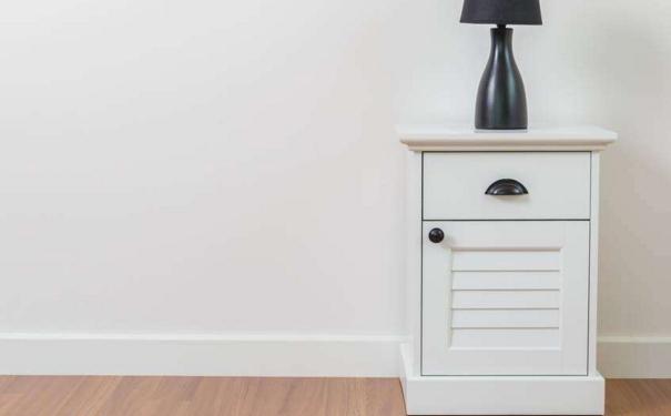 床头柜怎么选购 杭州装修网分享床头柜品牌